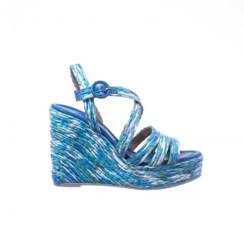 Sandalia tiras multi azul cuña alta